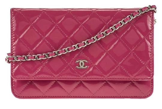 Preload https://img-static.tradesy.com/item/20903807/chanel-wallet-on-chain-clutch-wallet-on-a-chain-quilted-classic-timeless-flap-mini-pink-patent-leath-0-1-540-540.jpg