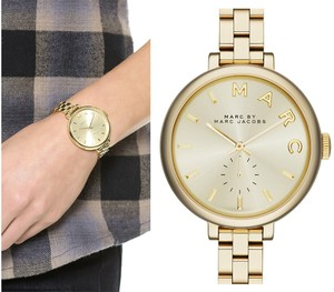 Marc Jacobs MARC JACOBS Sally Champagne Dial Gold-tone Ladies Watch MBM3363