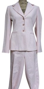 Tahari Two Piece Lined Pant Suit