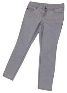 Maurices Jeggings-Light Wash