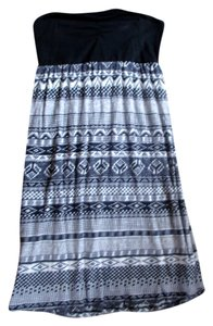 Roxy short dress black and white Roxyclothes Roxytribal on Tradesy