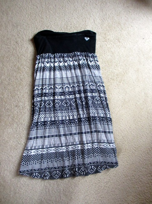 Roxy short dress black and white Roxydress Roxyclothes Roxytribal Tribaldress Halterdress Cottondress on Tradesy