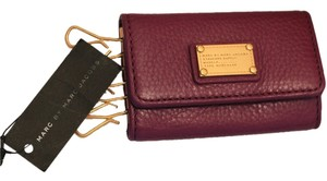 Marc by Marc Jacobs Marc by Marc Jacobs Soft Leather Key wallet with gold hardware