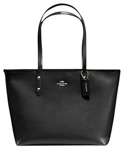 Coach F37785 F58846 Tote in Black