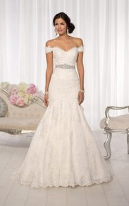 Essense Of Australia Essense Of Australia D1617 Wedding Dress