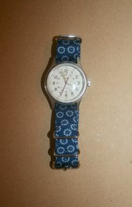 Timex TIMEX FOR JCREW VINTAGE FIELD ARMY WATCH FLORAL STRAP