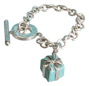 Tiffany & Co. 100% Authentic Tiffany & Co BOW BOX charm in sterling silver