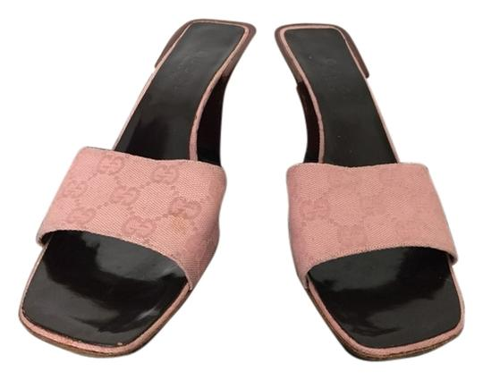 Gucci Light Pink Guccissima Sandals