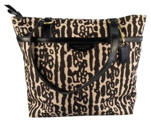 Coach Animal Print Canvas Zippered New Tote in Leopard