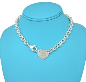 Tiffany & Co. Tiffany & Co. Sterling Silver Return to Tiffany Heart Tag Necklace