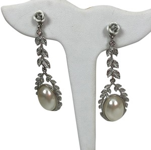Chloe + Isabel heirloom pearl earrings