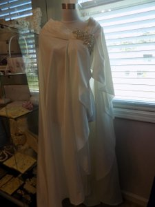 Ivory Jasmine Collection Cape