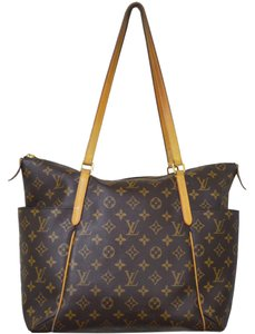 Louis Vuitton Monogram Louis Shoulder Bag