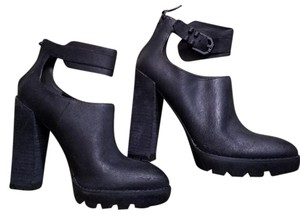 Kenneth Cole Chunky Ankle Strap Black Boots