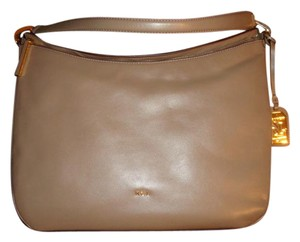 Ralph Lauren Collection Bags Up To 90 Off At Tradesy 4ddb8c636ded6