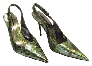 J. Renee Size 9.50 M Reptile Design Very Good Condition Light Green, Brown, Pumps