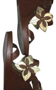 Sbicca brown Wedges