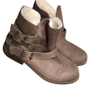 Mossimo Supply Co. Light brown Boots
