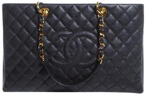 Chanel Gst Xl Jumbo Grand Shopping Flap Tote in Black