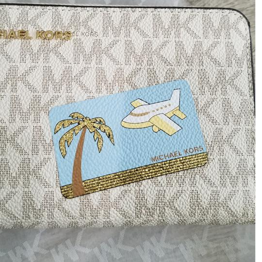 Michael Kors Michael Kors Illustrated Fly Away Travel Continental Wallet Image 8