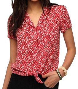 kimchee blue Top Red and white