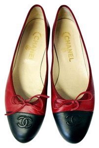 Chanel Two Tone Ballerina Red red/black Flats