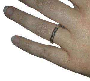 Tiffany & Co. BRAND NEW Tiffany 3mm Band Ring in Platinum Size 7.5