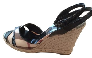 Burberry Espadrille white, black, red, cream Burberry Check pattern Wedges