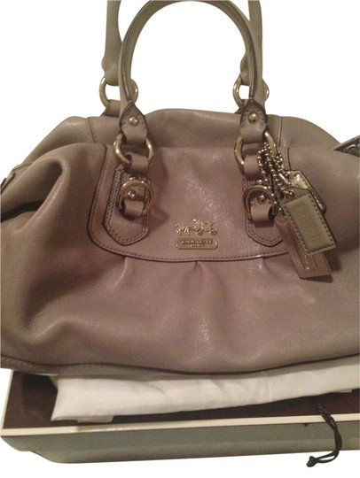 Preload https://item5.tradesy.com/images/coach-gray-leather-satchel-2091259-0-0.jpg?width=440&height=440