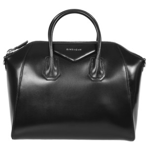 Givenchy Textured Classic Leather Pebbled Tote in Black