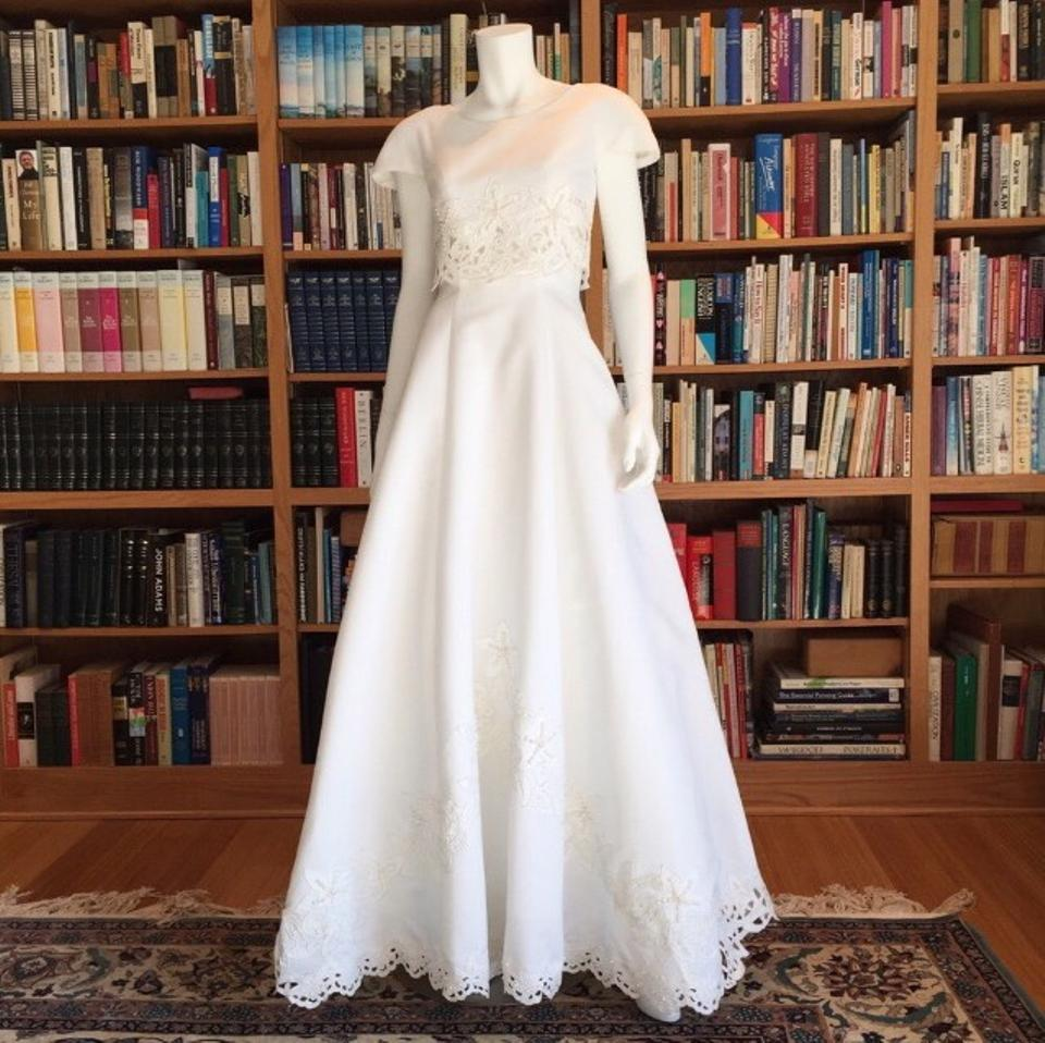 Gloria Vanderbilt White Poly 452 Destination Wedding Dress Size 4 S