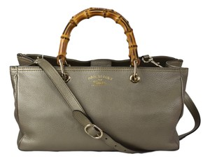 Gucci Bamboo Leather Tote Gold Hardware Satchel in Metallic Golden Beige