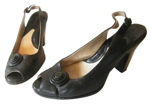 Crown by Børn Leather Peep Toe Slingback Multi-layered Button Arch Support Black Pumps