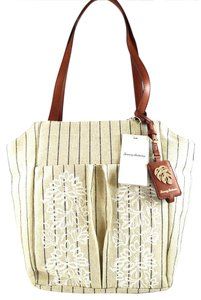 Tommy Bahama Tote in Natural