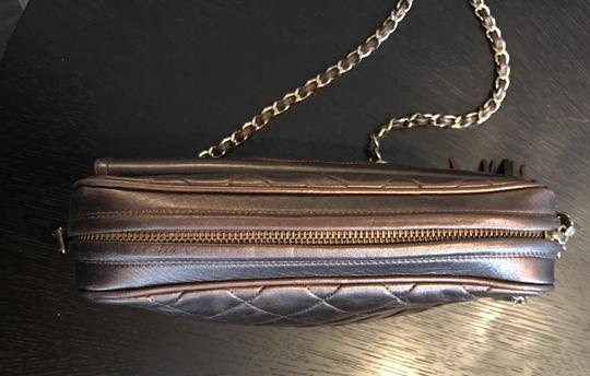 Chanel Quilted Gold Chain Vintage Cross Body Bag Image 2