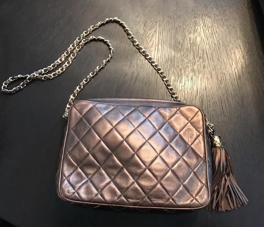 Chanel Quilted Gold Chain Vintage Cross Body Bag Image 4