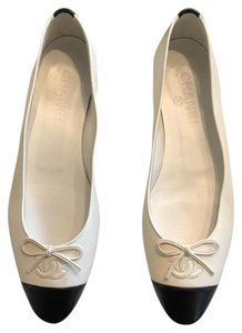 Chanel Ballerina Black and White Flats