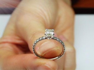 Gorgeous 1.23 Carat Diamond Ring