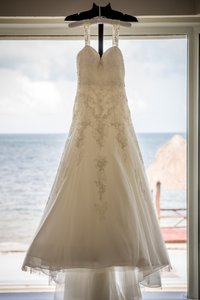 Enzoani Geneva Wedding Dress