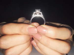 Amzing 1.13 Carat Diamond Engagement Ring