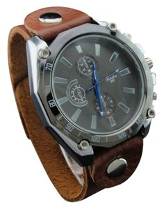 Mundell Men's Casual Sport Watch Japan Movement Quartz Leather Easy To Read