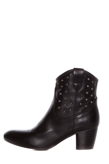 Preload https://img-static.tradesy.com/item/20916963/sesto-meucci-black-leather-with-silver-studs-bootsbooties-size-us-9-regular-m-b-0-0-540-540.jpg