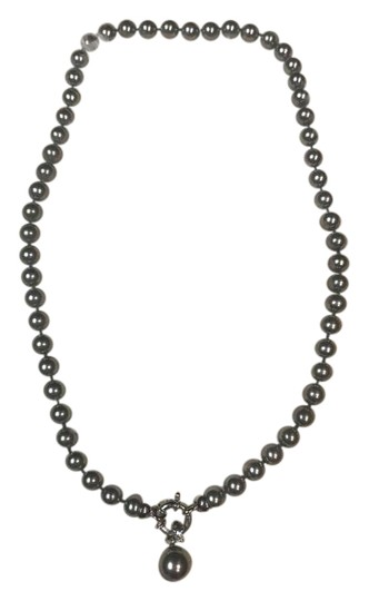 Preload https://img-static.tradesy.com/item/20917064/blue-real-pearls-with-silver-necklace-0-1-540-540.jpg