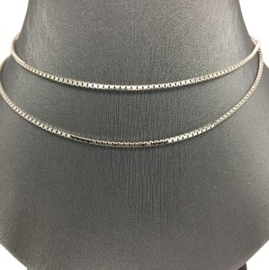 Other 18K White Gold Box Chain 22 Inches
