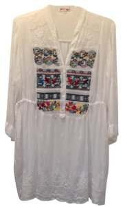Johnny Was Embroidered V-neck 3/4 Sleeve Gathered Tunic