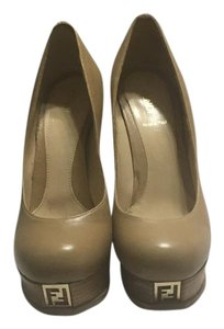 Fendi 8034164612566 Tan Pumps