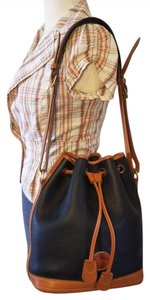 Dooney & Bourke & Shoulder Bag