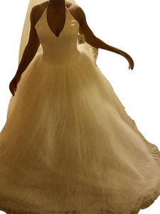 Vera Wang White By Vera Wang Halter Tulle Ball Gown Wedding Dress