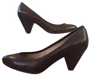 Frye Leather Brown Pumps