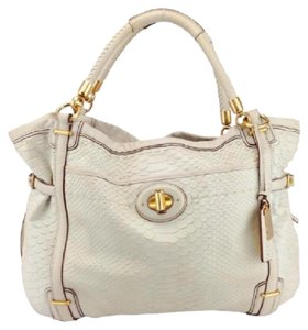 Coach Tote in cream